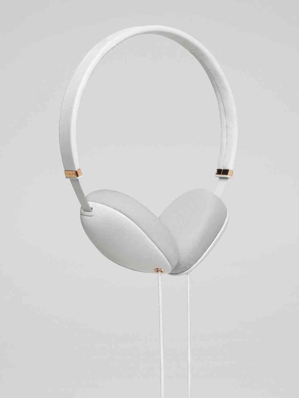 Plica Headphones